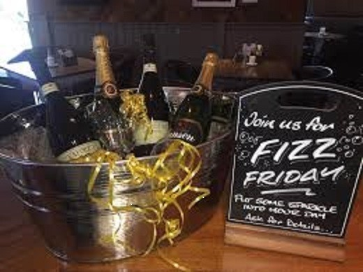 <h2>Fizz Friday's, Prosecco from £11.95*</h2>